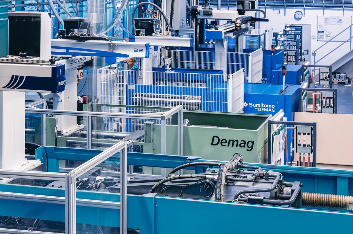 Sicht in die Montagefertigung von der Dauer GmbH
